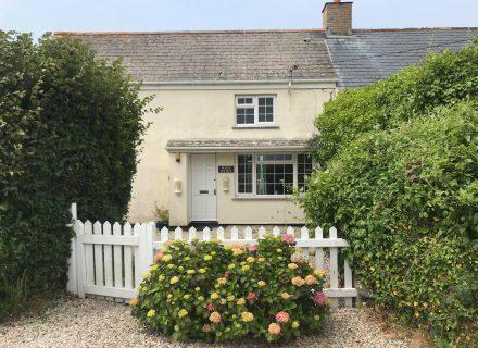 Buller Cottage Exterior
